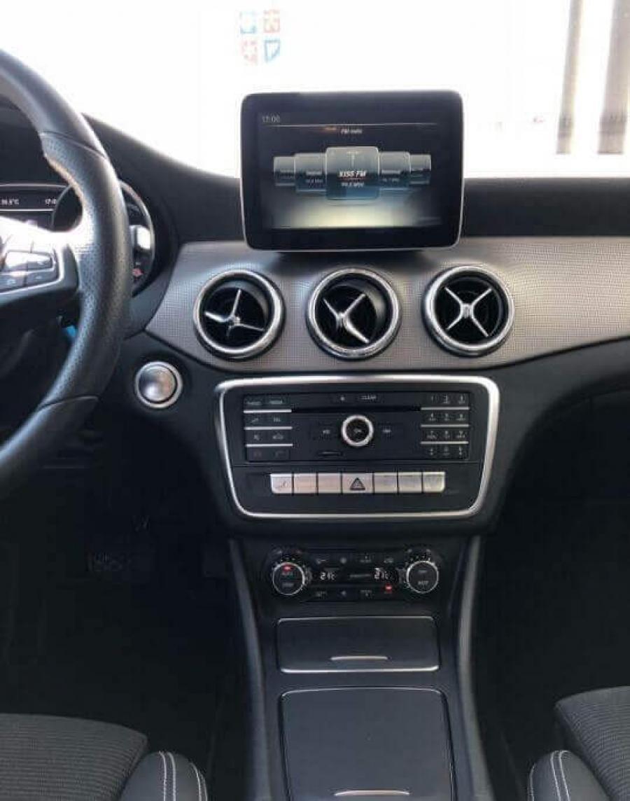 Mercedes-Benz CLA 200 D
