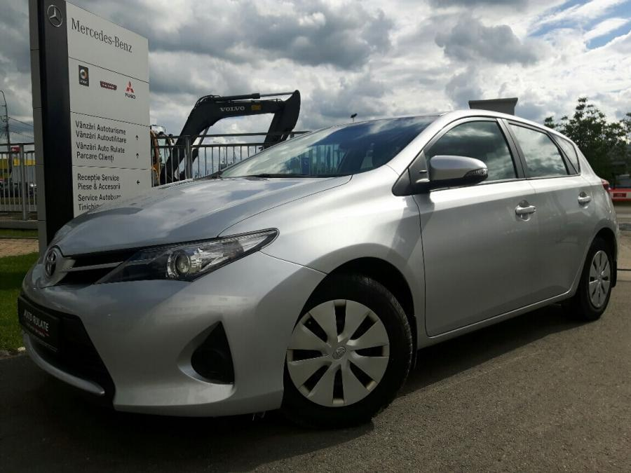 Toyota Auris Life